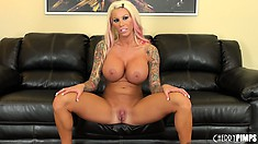 Fair chapess Lolly Ink has a very rich sexual imagination and superb body